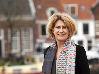 Jacqueline Van de Sande.