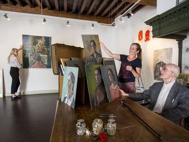 Beeldend kunstenaar Henk Ames overleden