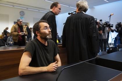 Anti-Piet advocaat duikt onder na geding