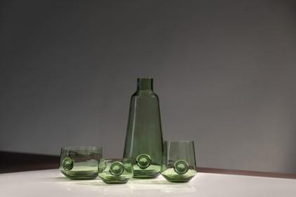 Bijzonder glaswerk in Rijksmuseum van Oudheden: gemaakt van zand uit Leidse bodem