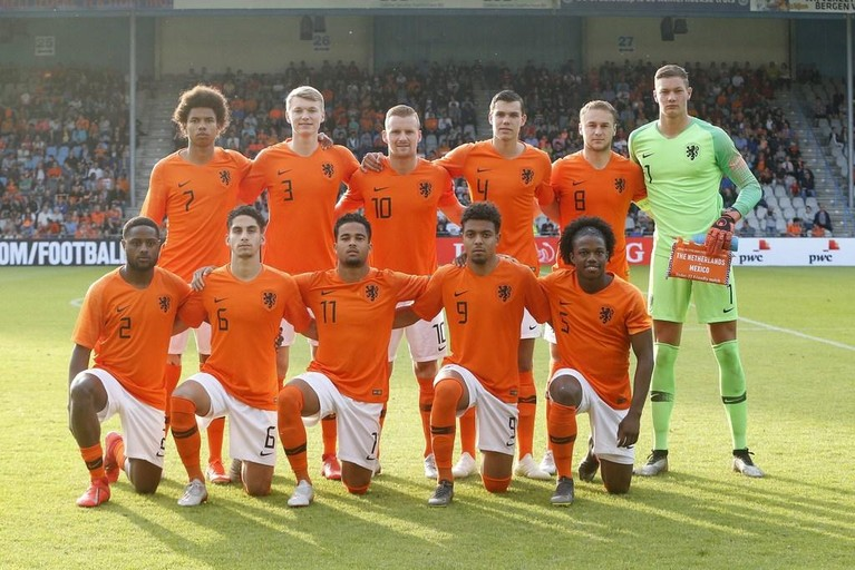 AZ'er Wijndal debuteert in Jong Oranje, AZ'er Stengs scoort [video]