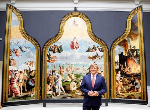 Rembrandt-krant van onder meer De Lakenhal voor miljoenen Nederlanders