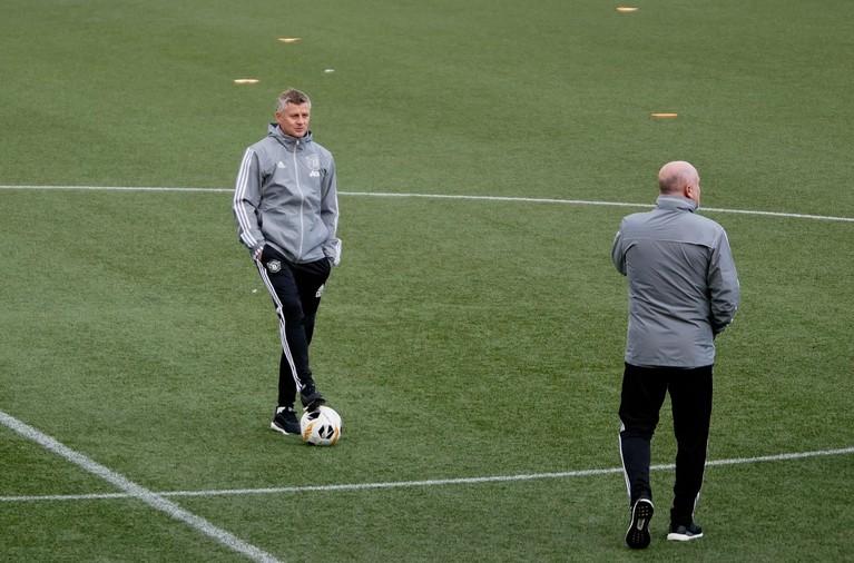 Manchester United-trainer Solskjaer vindt het kunstgrasveld in Den Haag helemaal niets