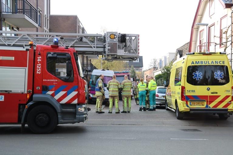 Overleden persoon aangetroffen na korte brand in woning in Bussum