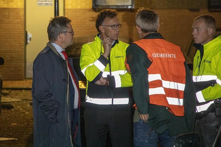 Dode bij uitslaande brand in Haarlems flatgebouw: 48 woningen ontruimd [video]
