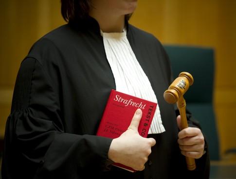 Weesper stalker stalkt niet meer, maar de rechtbank wil dat toch eerst goed hebben uitgezocht