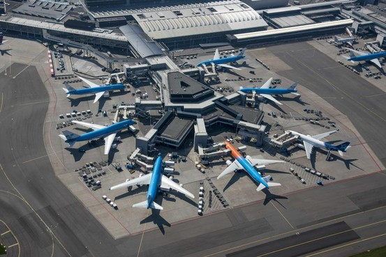 Storing in tanksysteem op Schiphol nog hele avond, KLM verwacht ook donderdag nog problemen [update]