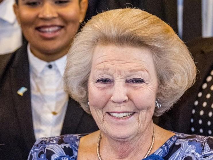 Foto's: Beatrix begint bezoek Aruba