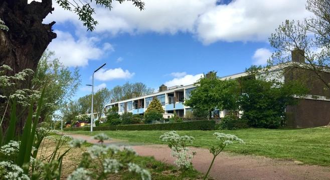 Bewoners van duplexhuizen Den Helder willen totale renovatie; 'Woningstichting heeft geld zat'