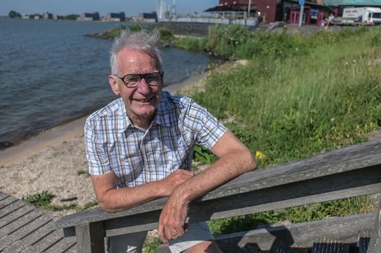 Gerard Vlaar schrijft herinneringen aan Hoorn op rijm
