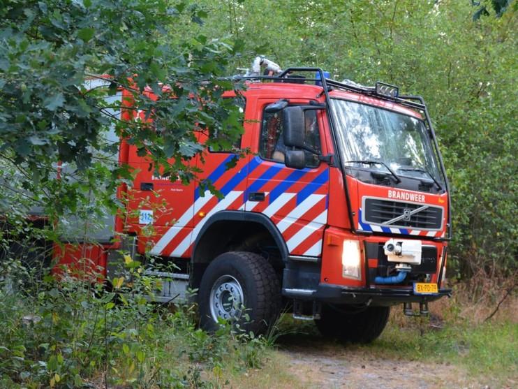 Bosbrand bij Baarn: Hilversum heeft last van rook [video]