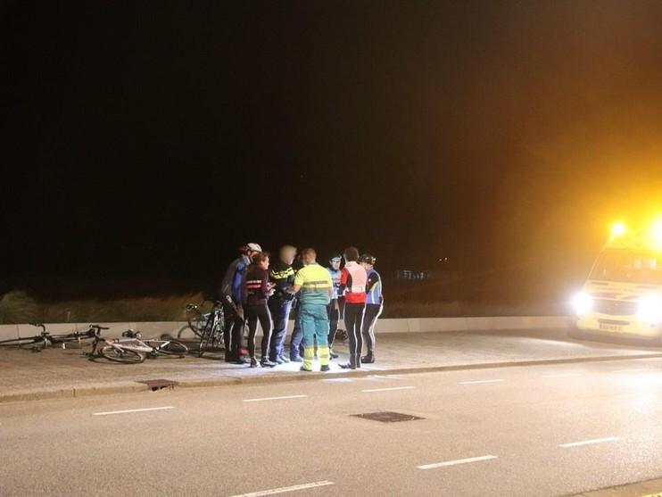 Twee gewonden bij valpartij groep wielrenners in Katwijk
