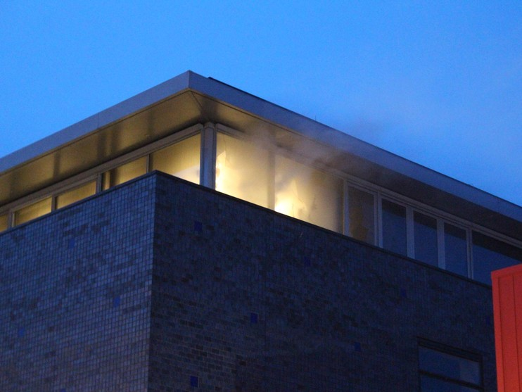 Brand in Hoorn na uren onder controle [video] [update]