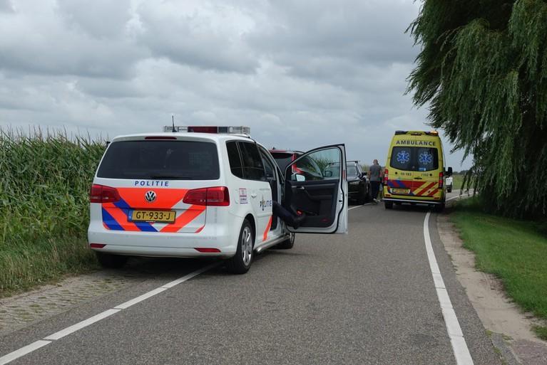 Fietsster naar het ziekenhuis na val door de harde wind in Egmond-Binnen