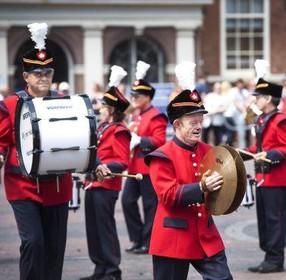 Gestolen instrumenten Haarlemse drumband teruggevonden in Beverwijk