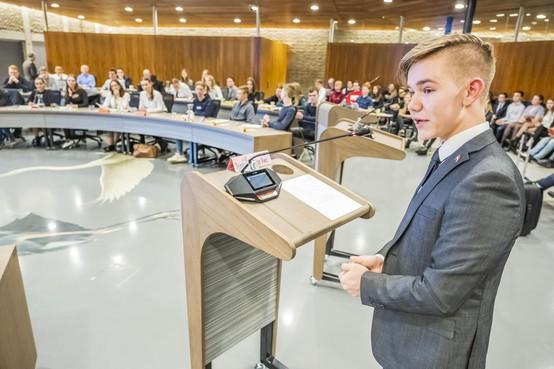 Politici van de toekomst debatteren in Heerhugowaardse raadszaal