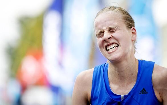 Blaren nopen Jip Vastenburg tot opgeven bij marathondebuut