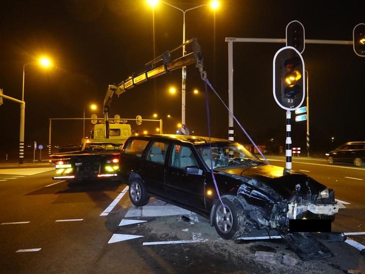 Man vlucht park in na eenzijdig ongeval in Limmen