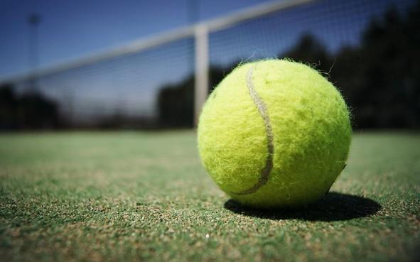 Tennishal komt eindelijk in zicht in Zandvoort: razendpopulaire club snakt naar overdekte banen