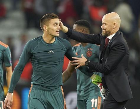 Coach Ten Hag na zege Ajax niet uitbundig