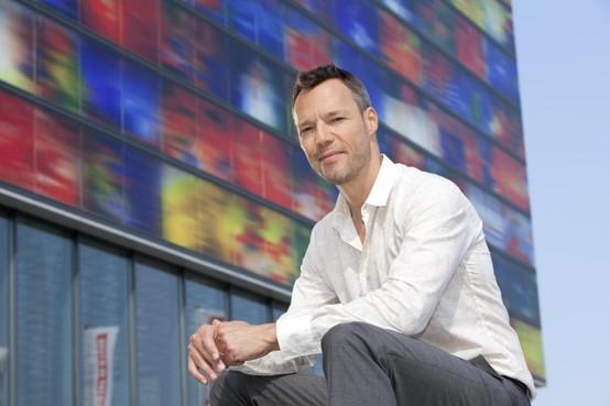 Tv-presentator Hans Goedkoop vertelt over 'Enkhuizen in opstand'