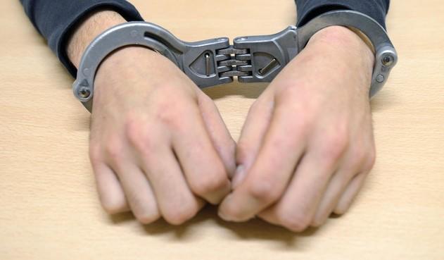 Politie pakt man (31) die mogelijk slachtoffers in heel Wijdemeren oplichtte