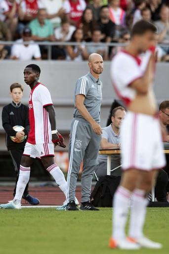 Ajax sluit voorbereiding af met verlies tegen Panathinaikos [video]