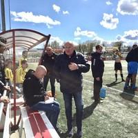 Rinus Israel als interim-trainer van OFC, maandag in Cuijk.