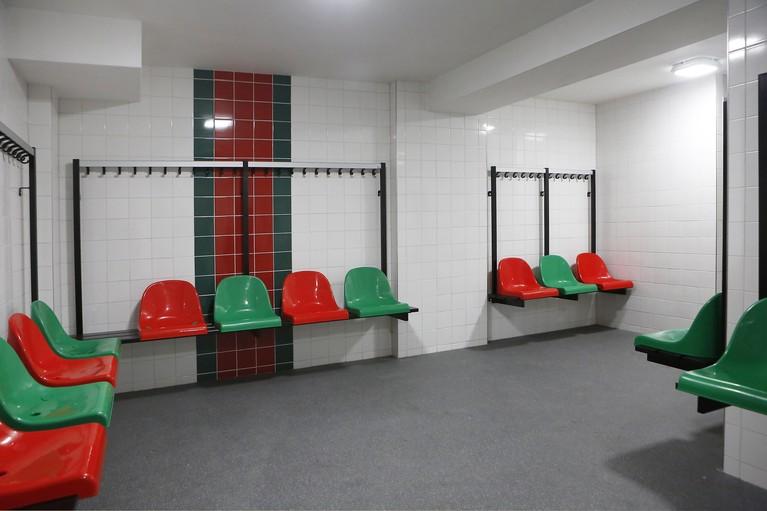 Huizer voetbalvereniging HSV De Zuidvogels dolblij met nieuw clubgebouw