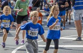Deelnemers vorig jaar aan de loop.
