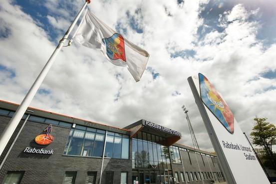 College Velsen laat stadion Telstar controleren op veiligheid
