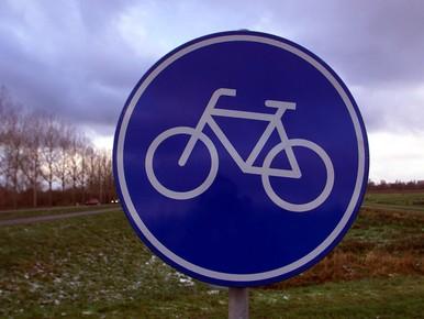 Tegels van Rijnsburgs fietspad los door droogte