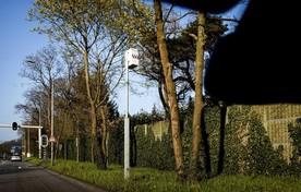 Aan het Oostereind in Hilversum staat de meest fanatieke flitspaal van het land.