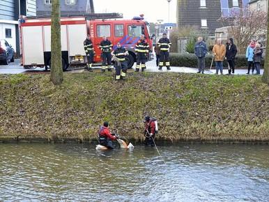Scooter in water zorgt voor paniek in Hoofddorp