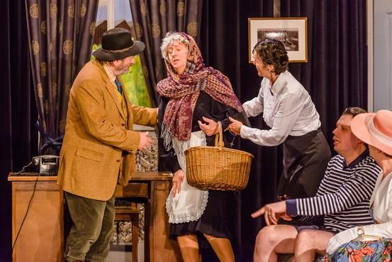 Jisper toneelvereniging speelt 'De kapokboom': 'Het originele stuk ging uit als een nachtkaars'