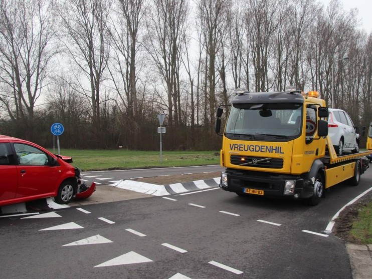 Veel schade bij botsing in Noordwijkerhout