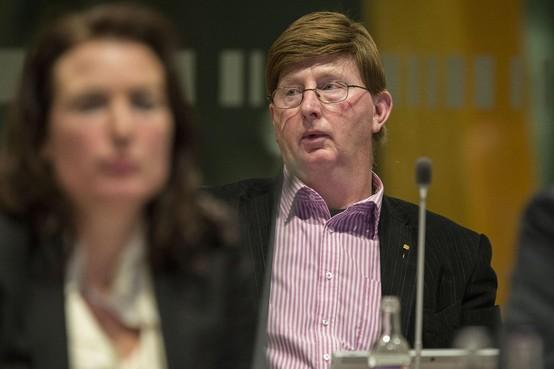 Erepenning voor jubilerend PvdA-raadslid Henk Goes: 'Het is een soort verslaving'