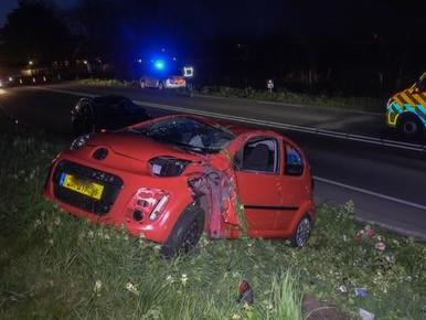 Bestuurster gewond en auto total loss bij ongeluk in Heerhugowaard