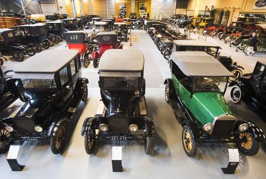 220 oude Fords onder de hamer in Hillegom
