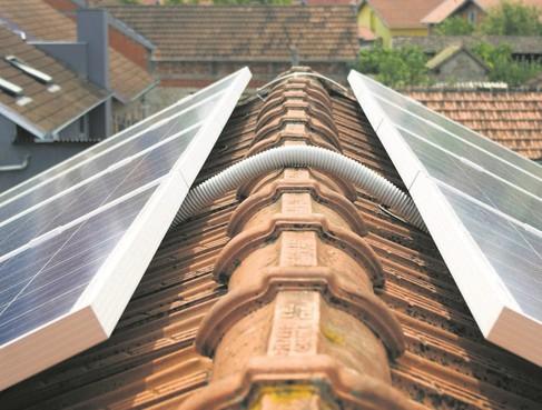 Beleid zonnepanelen in Waterland toch onder de loep