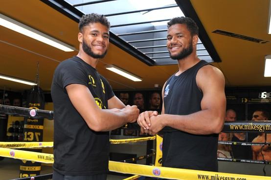 Purmerendse broers Fabio en Chico Kwasi bereiden zich voor op grote wedstrijden in Azië