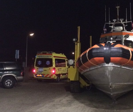 KNRM redt bij Noordwijk drenkeling uit zee