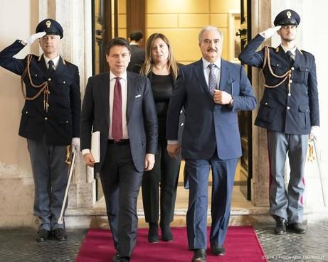 'Libische krijgsheer wil nog geen bestand'