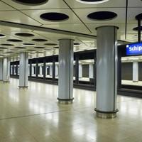 Treinstation Schiphol.