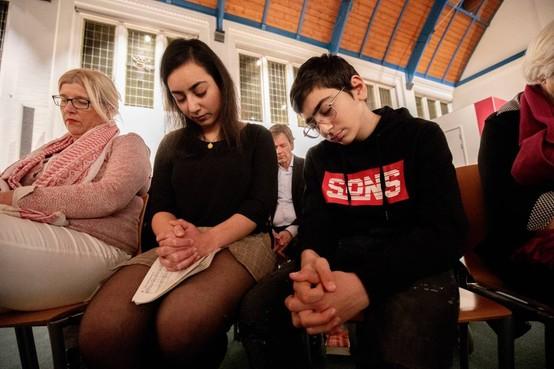 'Situatie Armeens gezin in kerk uitzichtloos'