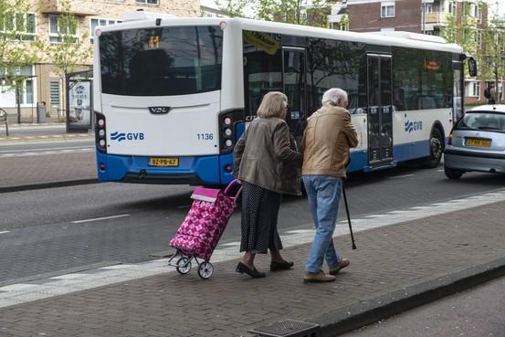 Mantelzorg steeds vaker taak ouderen. Truus Oud van het Mantelzorgcentrum in Schagen: 'Ze doen het, maar vraag soms niet hoe'