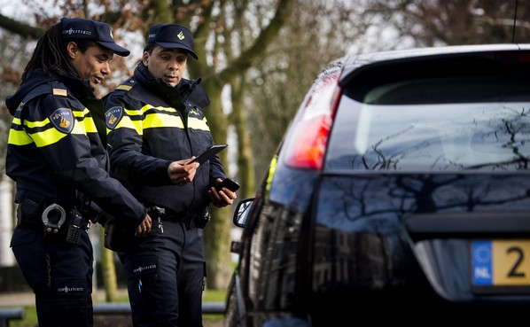 Politie stopt 16.000 zaken vanwege personeelstekort