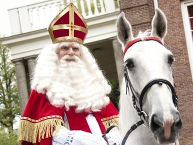 Landelijke intocht Sinterklaas bij Zaanse Schans