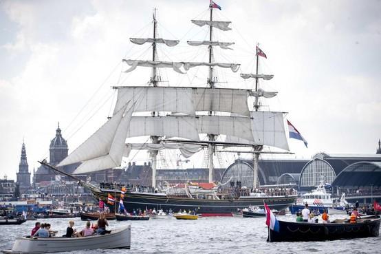 Nieuwe blikvanger voor Den Helder: Clipper Stad Amsterdam naar Willemsoord voor onderhoud