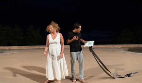 Noordwijkse theatermaakster naar Delphi om zich te verdiepen in Grieks drama